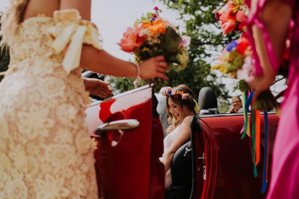 tiki wedding flowers